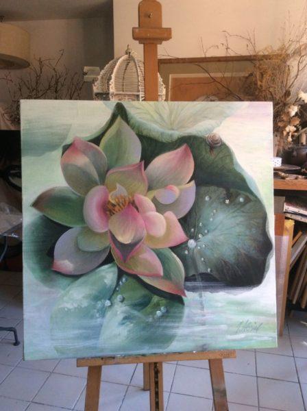 Lotus dans la rosée