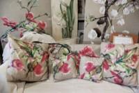 Coussins et panneaux peints sur toile de lin