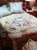 """Couvre lit """"Lotus"""" peint sur soie et matelassé."""